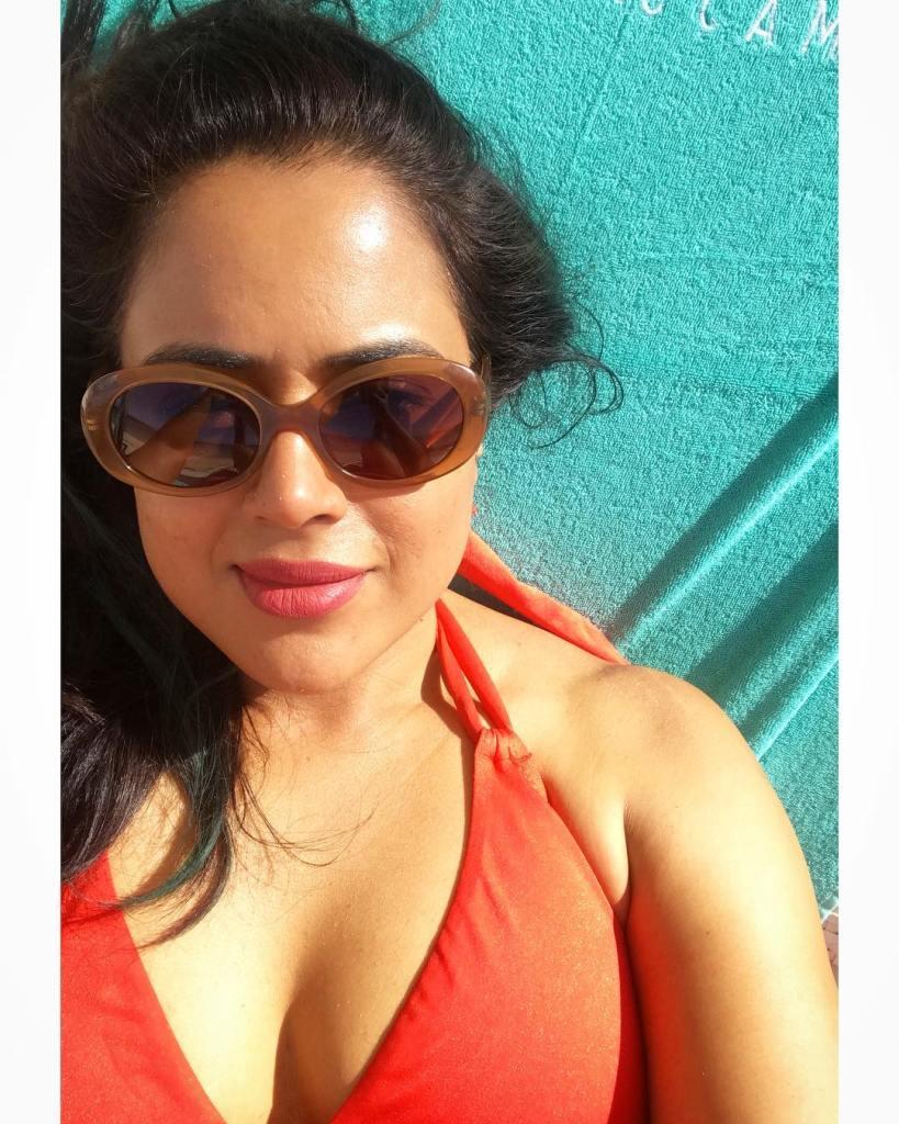 28+ Lovely Photos of Sameera Reddy 11
