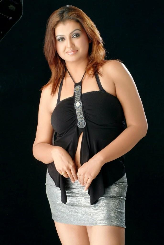Check out Sona Heiden Photos 92
