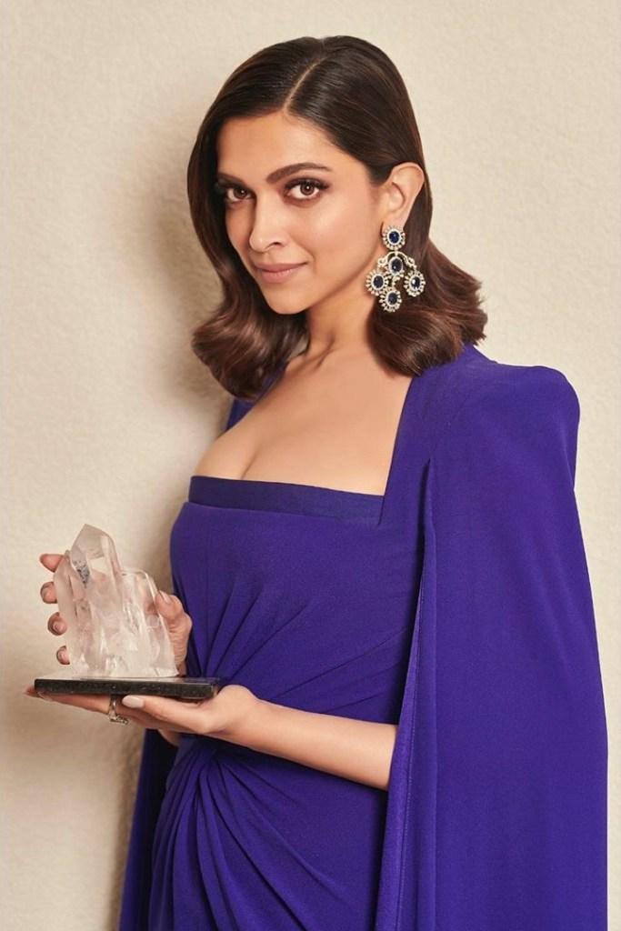 65+ Glamorous Photos of Deepika Padukone 113