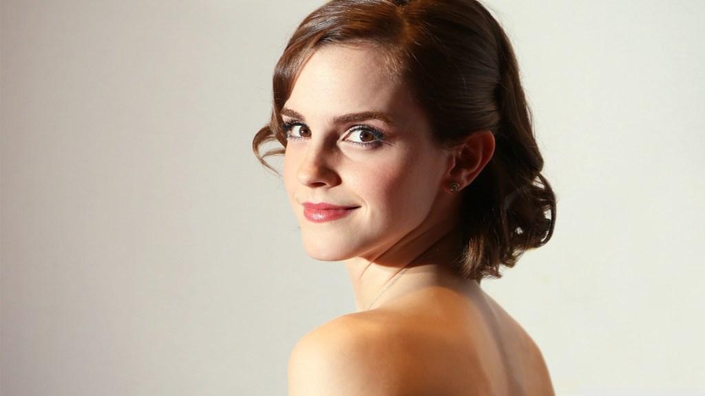 43+ Glamorous Photos of Emma Watson 21