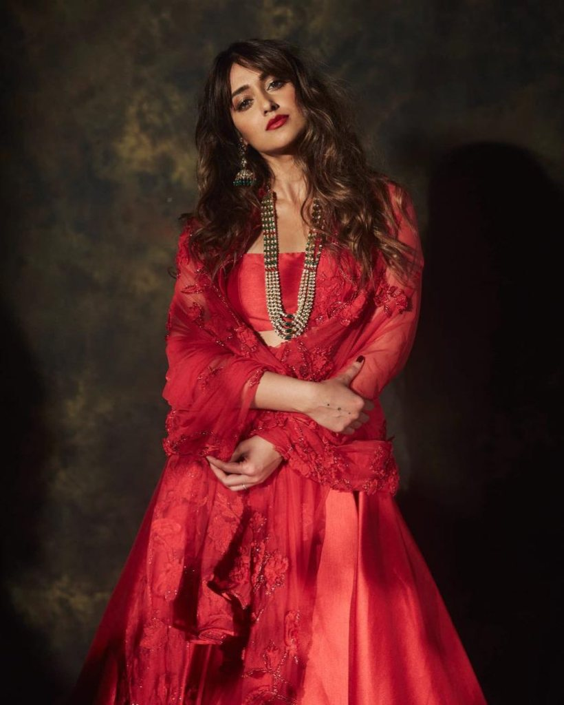 41+ Glamorous Photos of Ileana D' Cruz 9