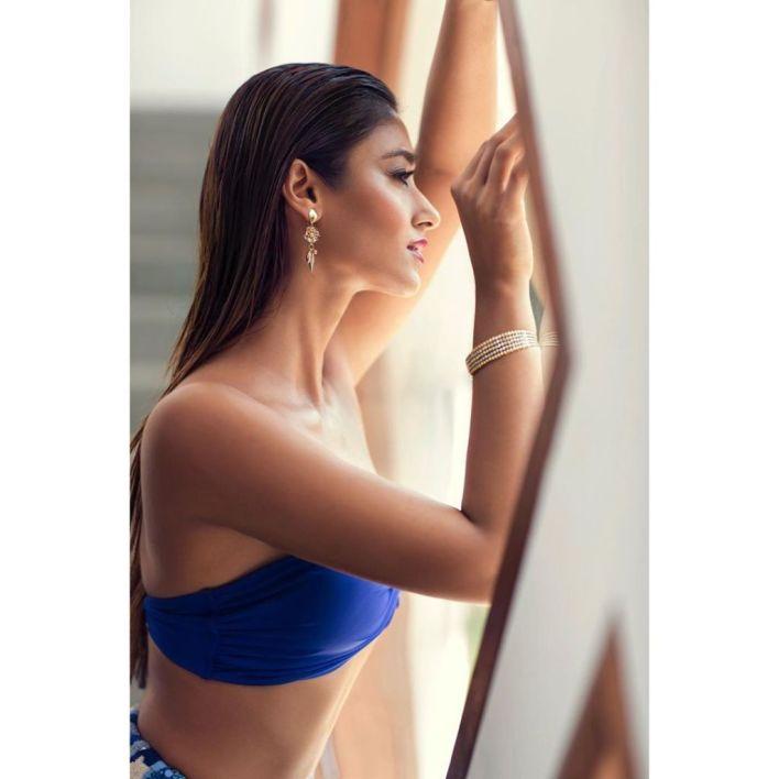 41+ Glamorous Photos of Ileana D' Cruz 36