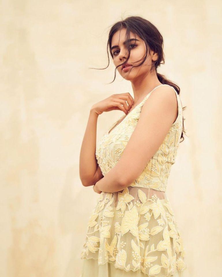 44+ Cute Photos of Kalyani Priyadarshan 15