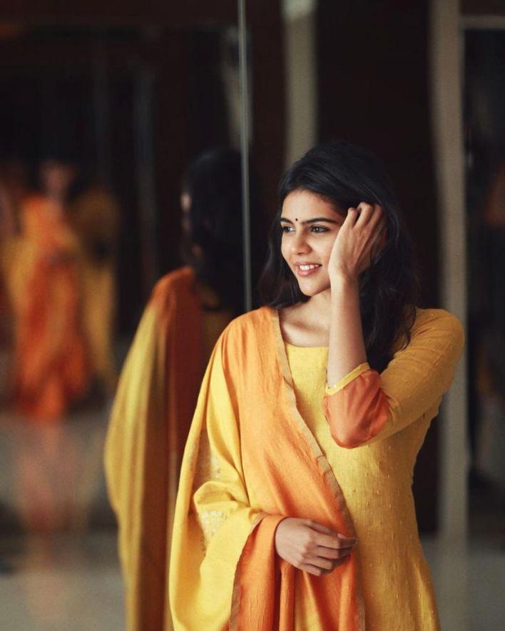 44+ Cute Photos of Kalyani Priyadarshan 35