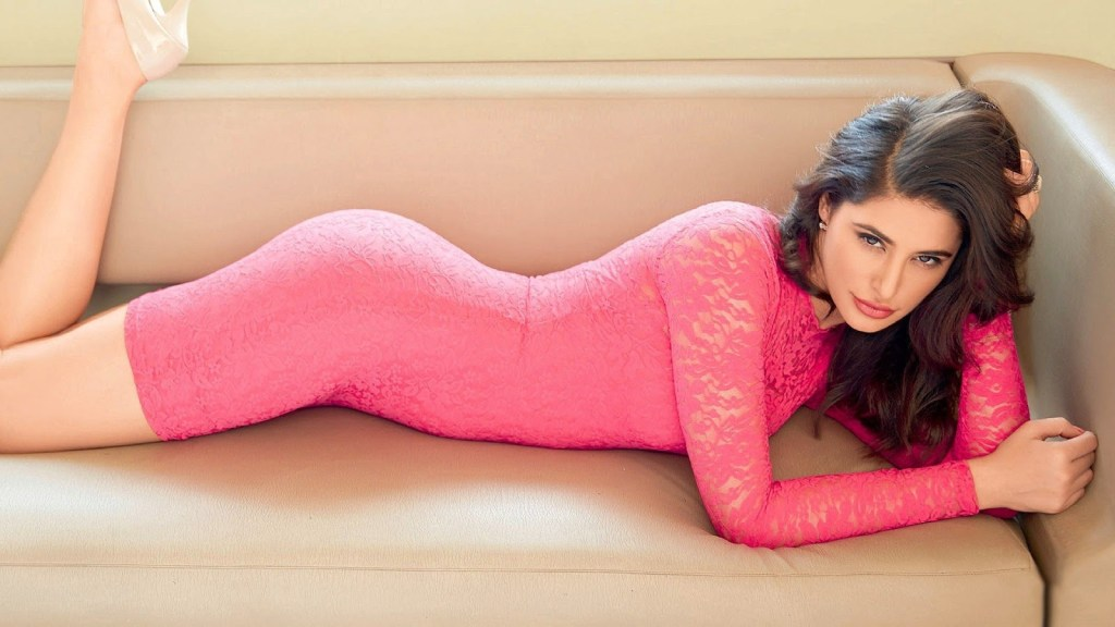 51+ Glamorous Photos of Nargis Fakhri 23