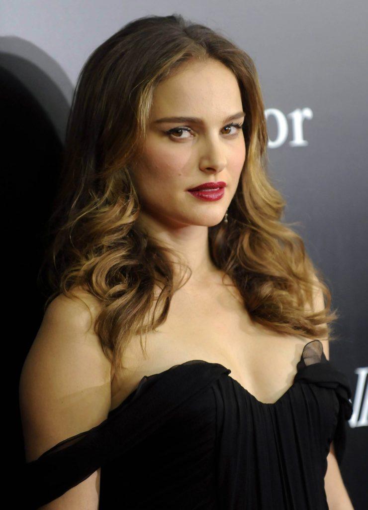 51+ Glamorous Photos of Natalie Portman 18