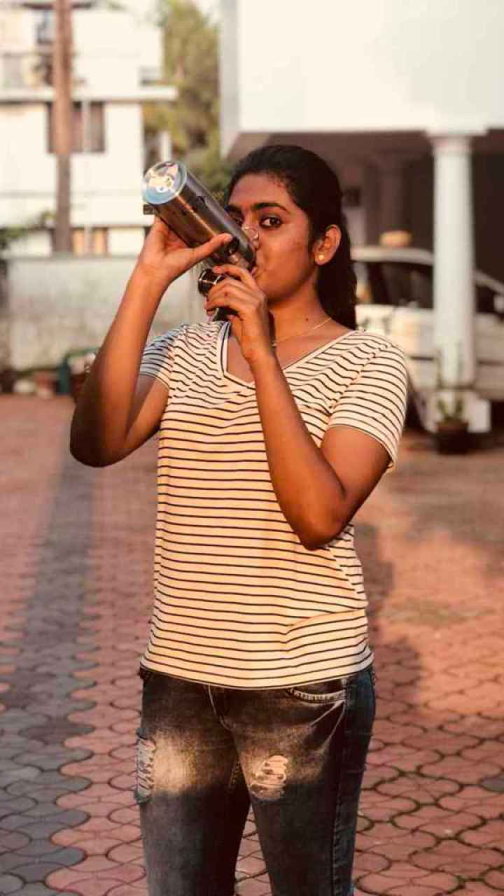 39+ Gorgeous Photos of Nimisha Sajayan 2