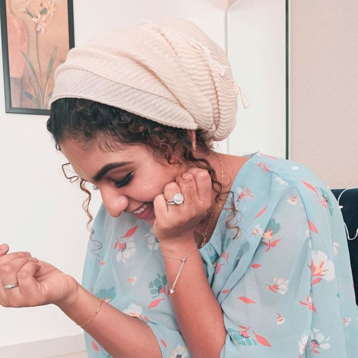 27+ Charming Photos of Noorin Shereef 22