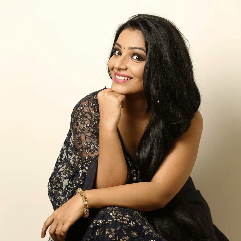 71+ Beautiful Photos of Rajisha Vijayan 16