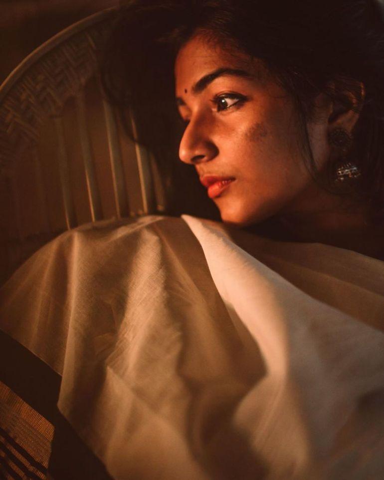 71+ Beautiful Photos of Rajisha Vijayan 3