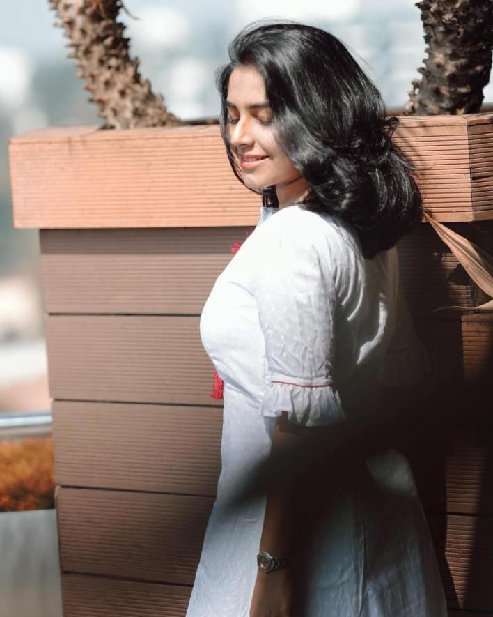 71+ Beautiful Photos of Rajisha Vijayan 57