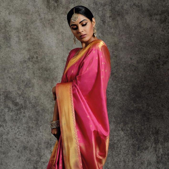 Samyuktha Menon Wiki, Age, Boyfriend, Movies, Family, Biography & Gorgeous Photos 16