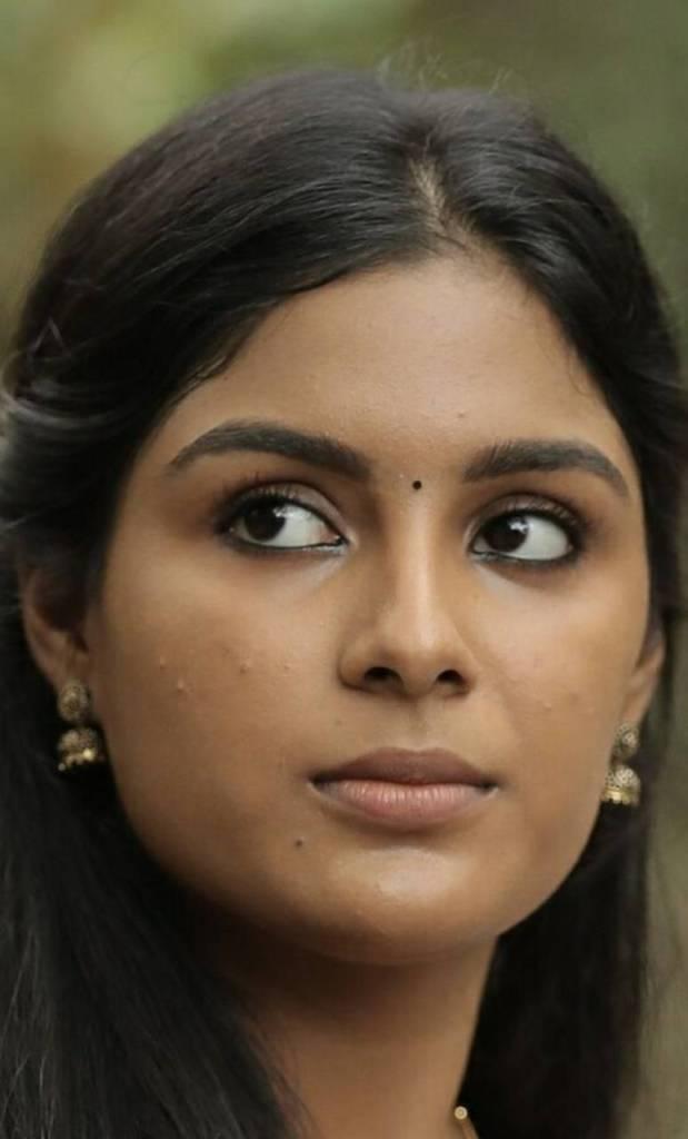 30+ Gorgeous Photos of Samyuktha Menon 105