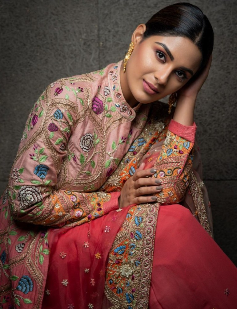 30+ Gorgeous Photos of Samyuktha Menon 110