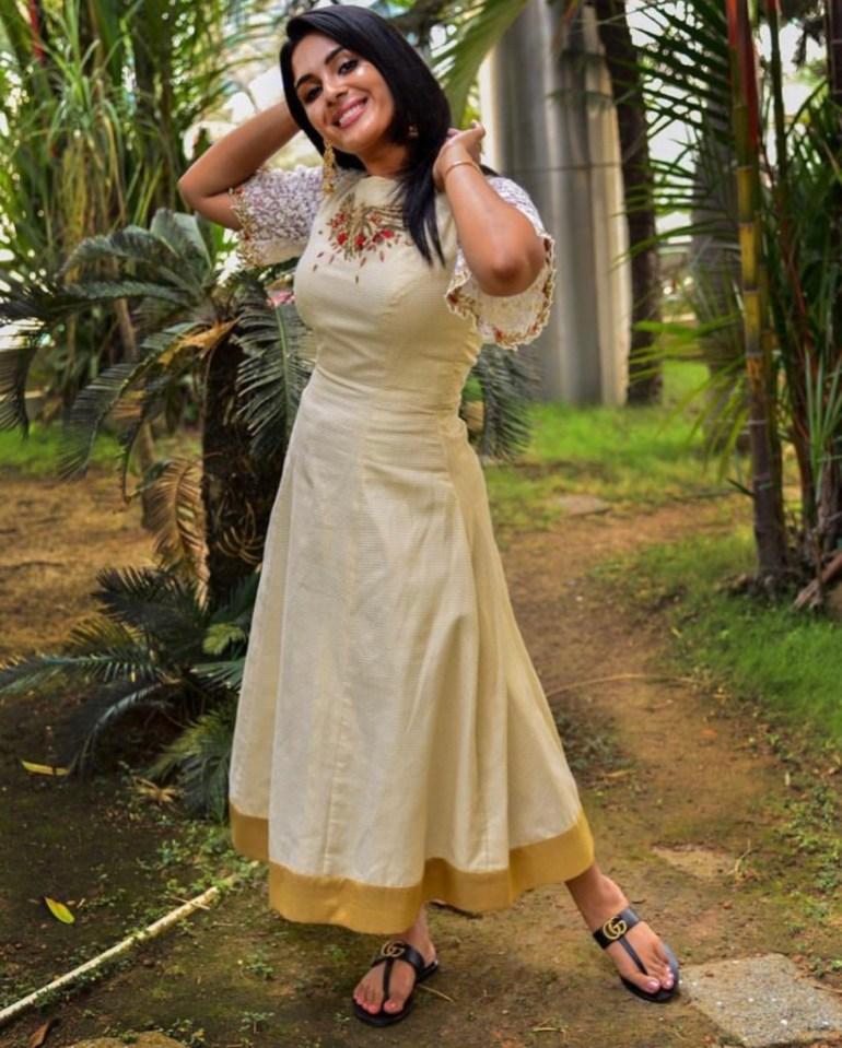30+ Gorgeous Photos of Samyuktha Menon 115