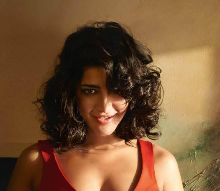 56+ Lovely Photos of Shruti Hassan 122