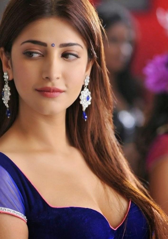 56+ Lovely Photos of Shruti Hassan 45