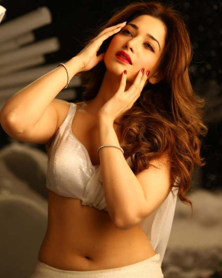 Tamanna Bhatia Wiki, Age, Biography, Movies, and Glamorous Photos 131