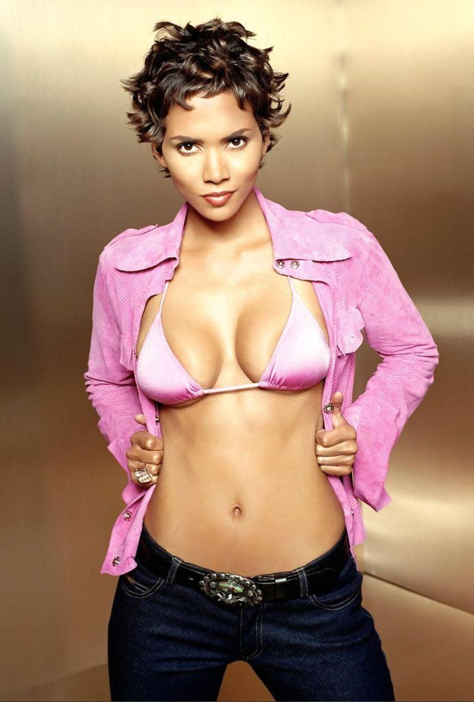 59+ Charming Photos of Halle Berry 99