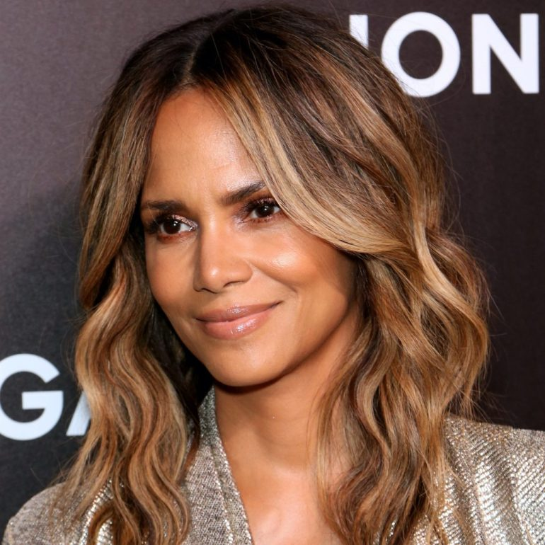 59+ Charming Photos of Halle Berry 112