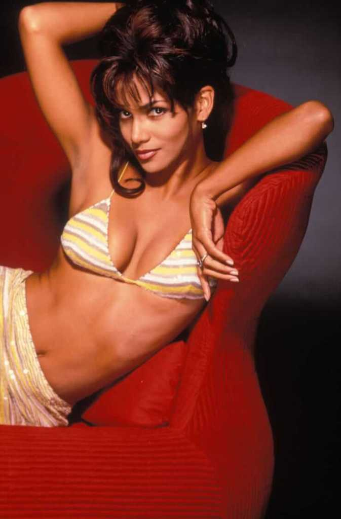 59+ Charming Photos of Halle Berry 129