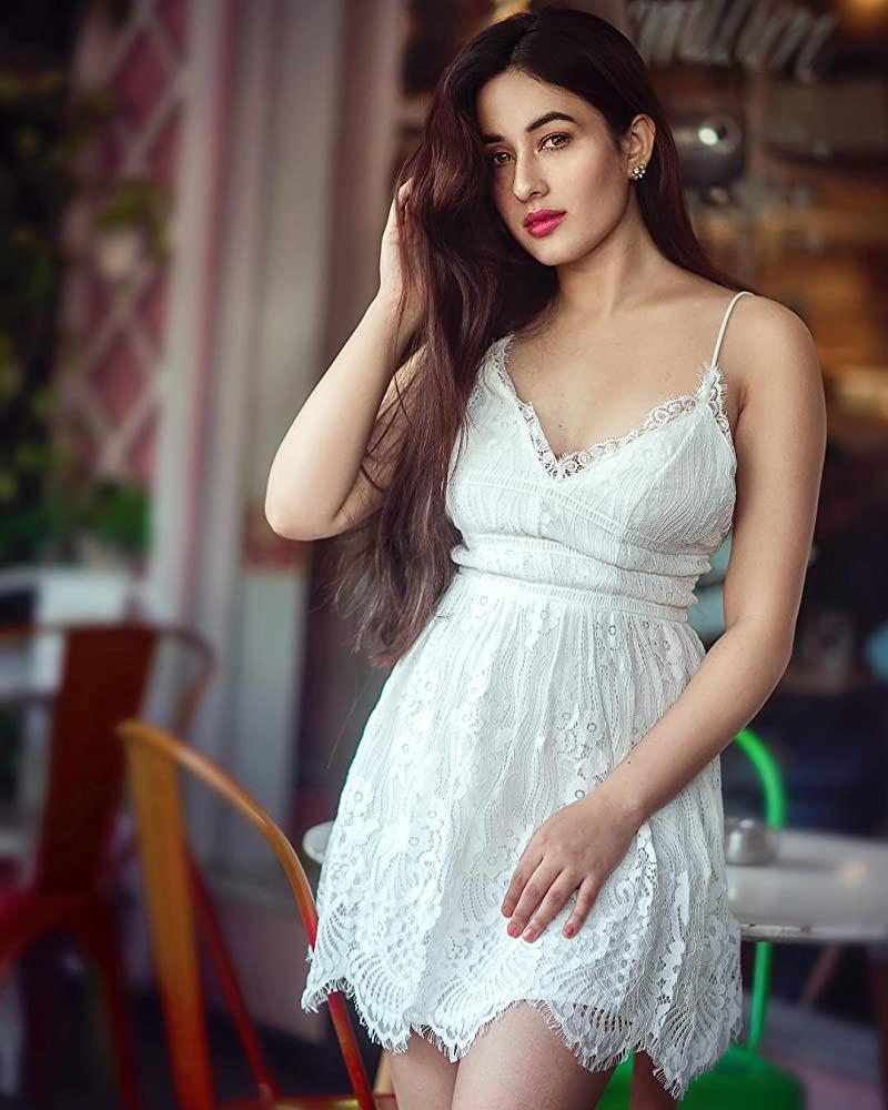 42+ Glamorous Photos of Aditi Budhathoki 39