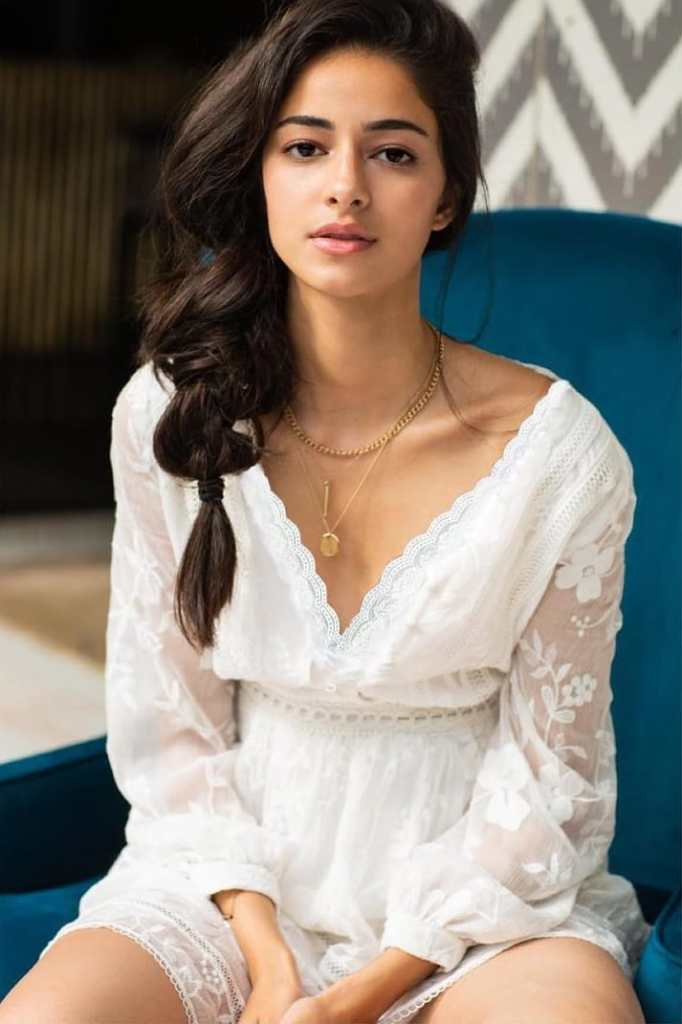 51+ Glamorous Photos of Ananya Panday 52