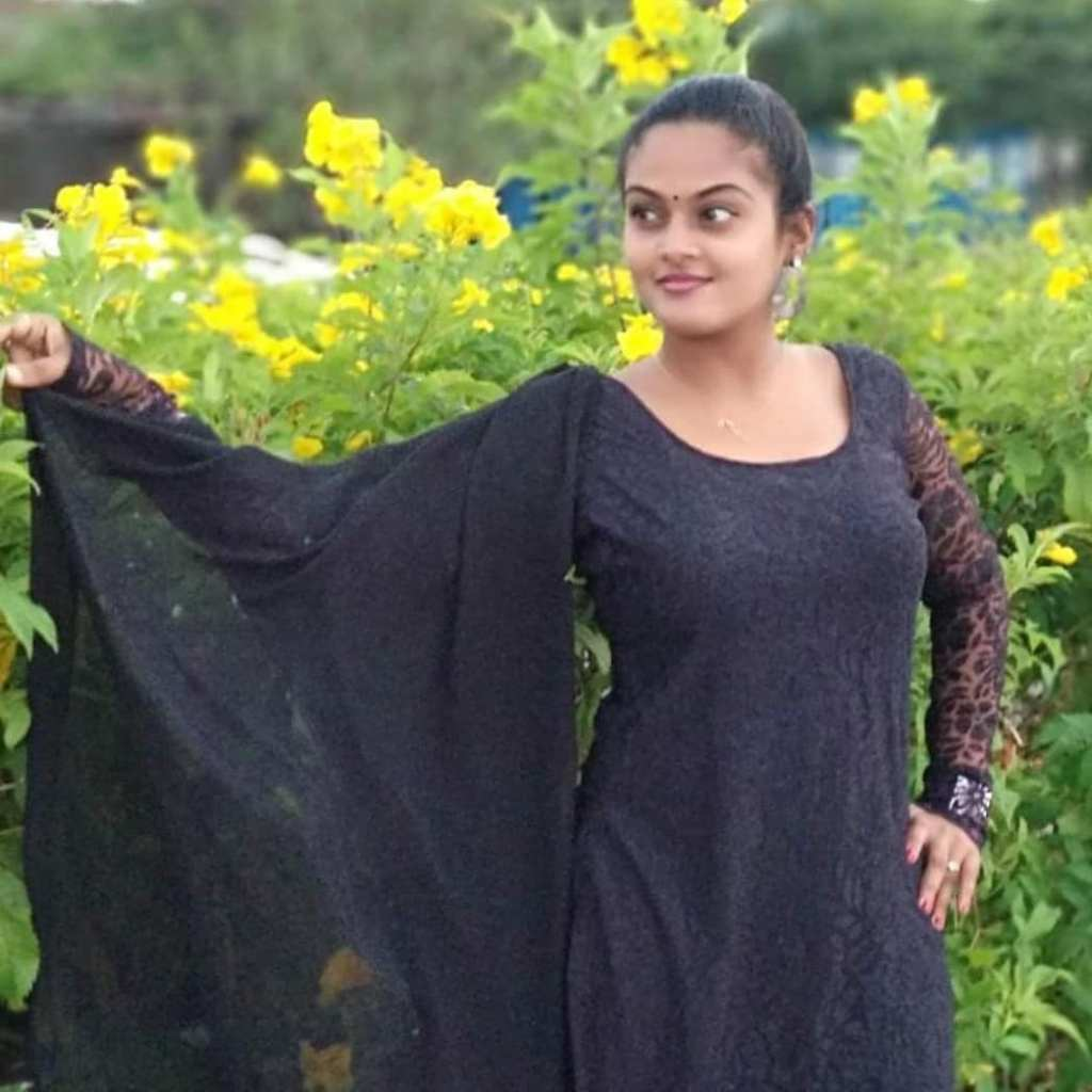 Elishera rai Wiki, Age, Biography, Movies, web series, and Glamorous Photos 95