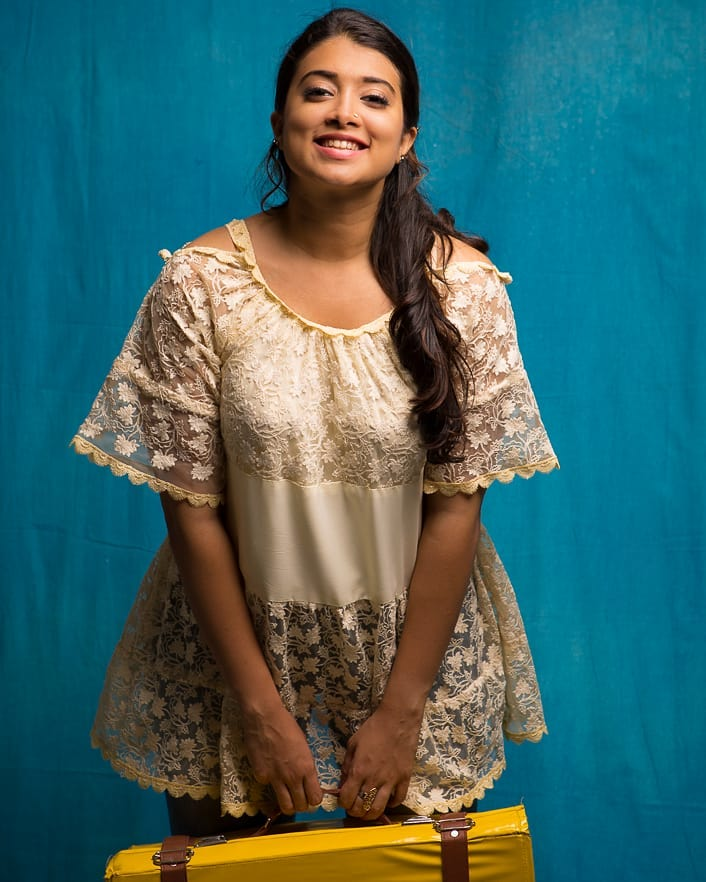 27+ Glamorous Photos of Madhuri Braganza 101
