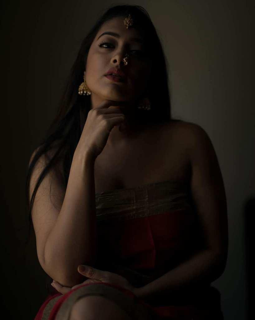 27+ Glamorous Photos of Madhuri Braganza 102