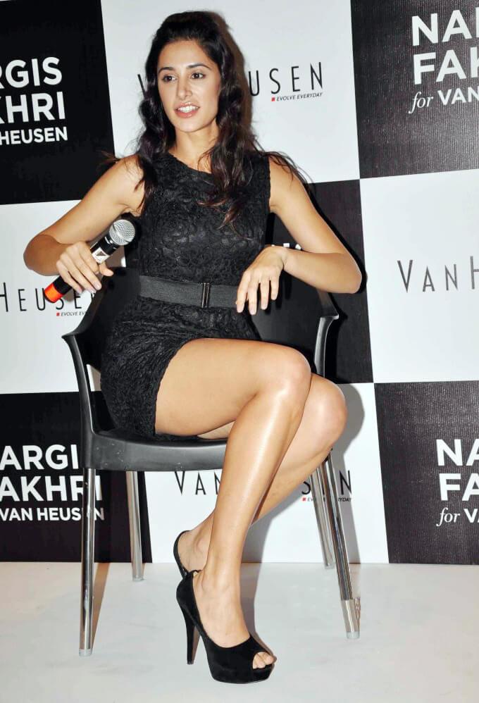 51+ Glamorous Photos of Nargis Fakhri 37