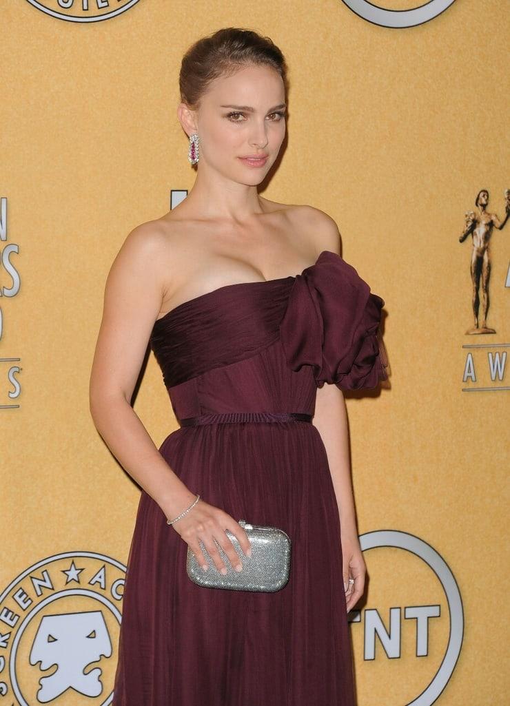 51+ Glamorous Photos of Natalie Portman 47