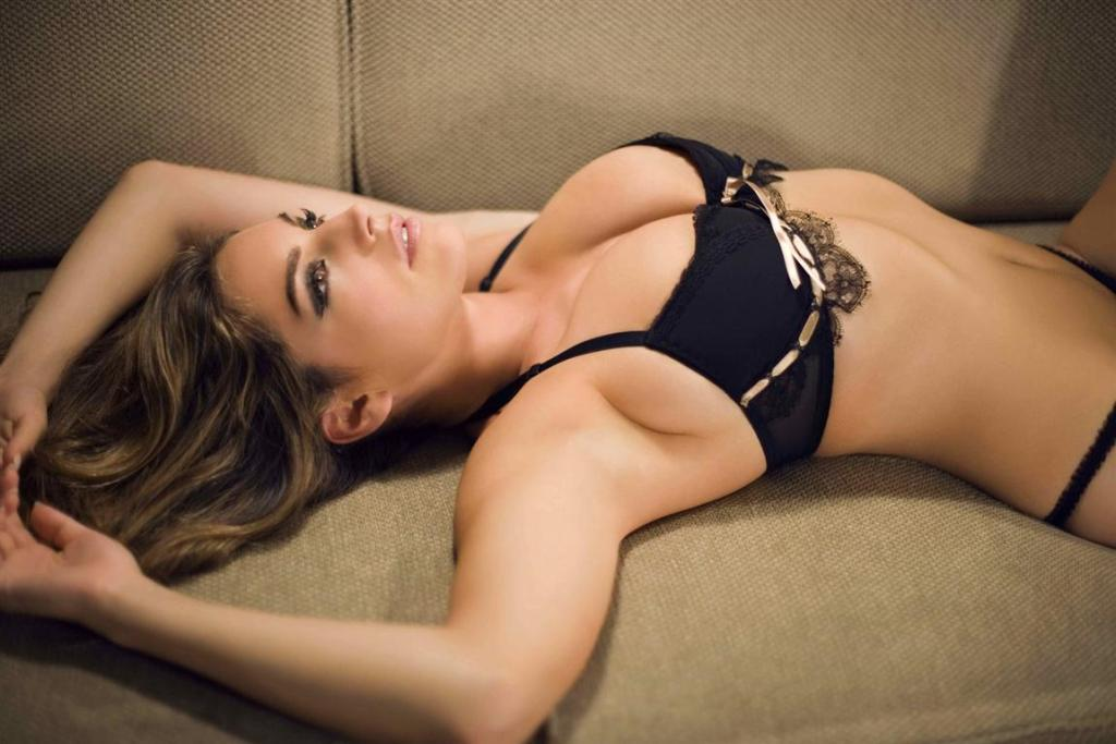 51+ Glamorous Photos of Natalie Portman 36