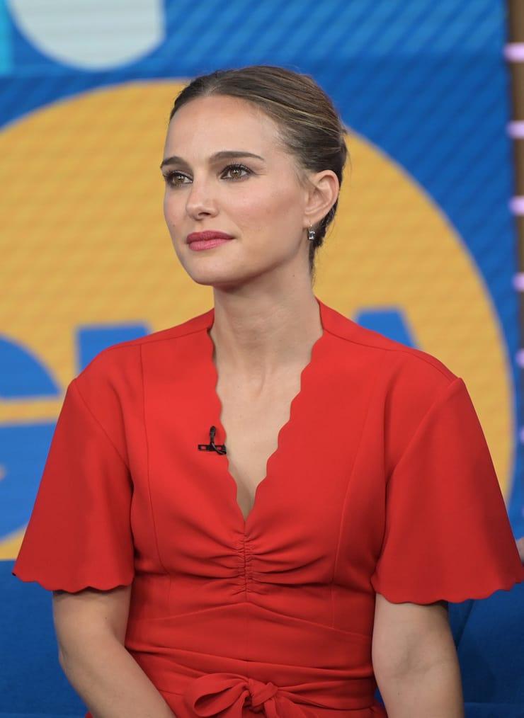 51+ Glamorous Photos of Natalie Portman 94