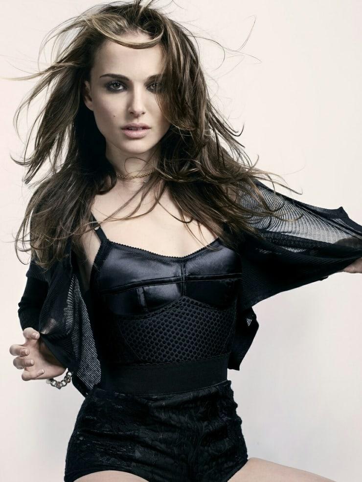 51+ Glamorous Photos of Natalie Portman 96