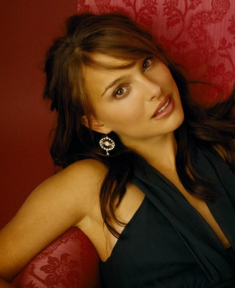 51+ Glamorous Photos of Natalie Portman 54