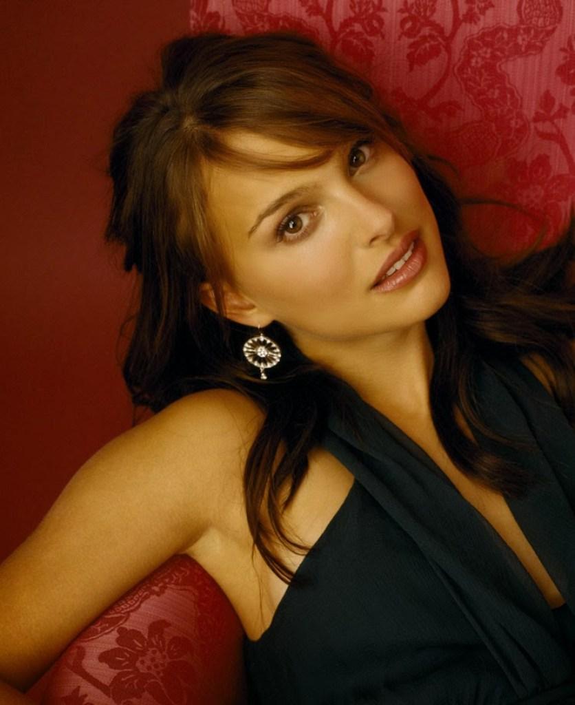 51+ Glamorous Photos of Natalie Portman 10