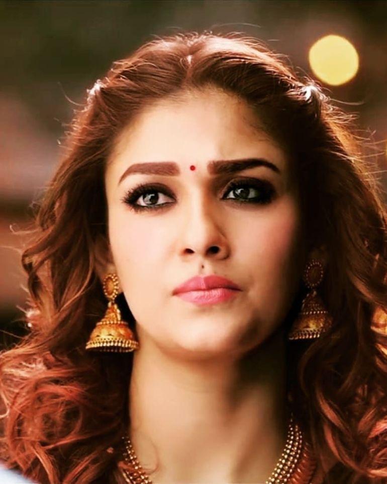 59+ Gorgeous Photos of Nayanthara 95
