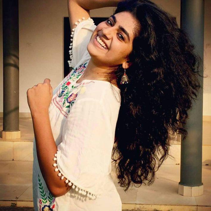 39+ Gorgeous Photos of Nimisha Sajayan 38