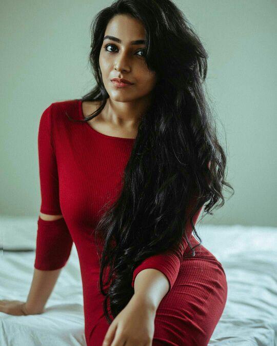 71+ Beautiful Photos of Rajisha Vijayan 65