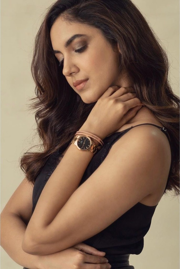 33+ Gorgeous Photos of Ritu Varma 11