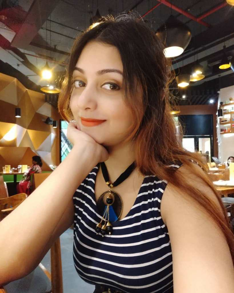 Rupsa Saha Chowdhury 42+ Glamorous Photos, Wiki, Age, Biography, Movies and, web series 58