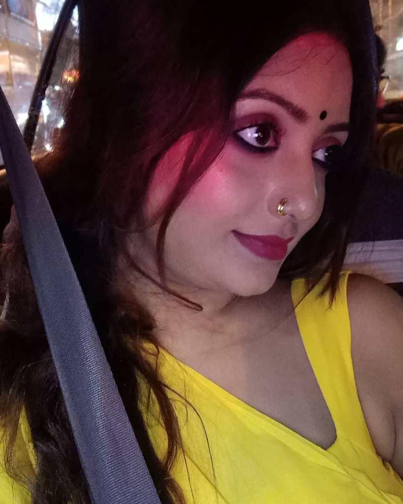 Rupsa Saha Chowdhury 42+ Glamorous Photos, Wiki, Age, Biography, Movies and, web series 59