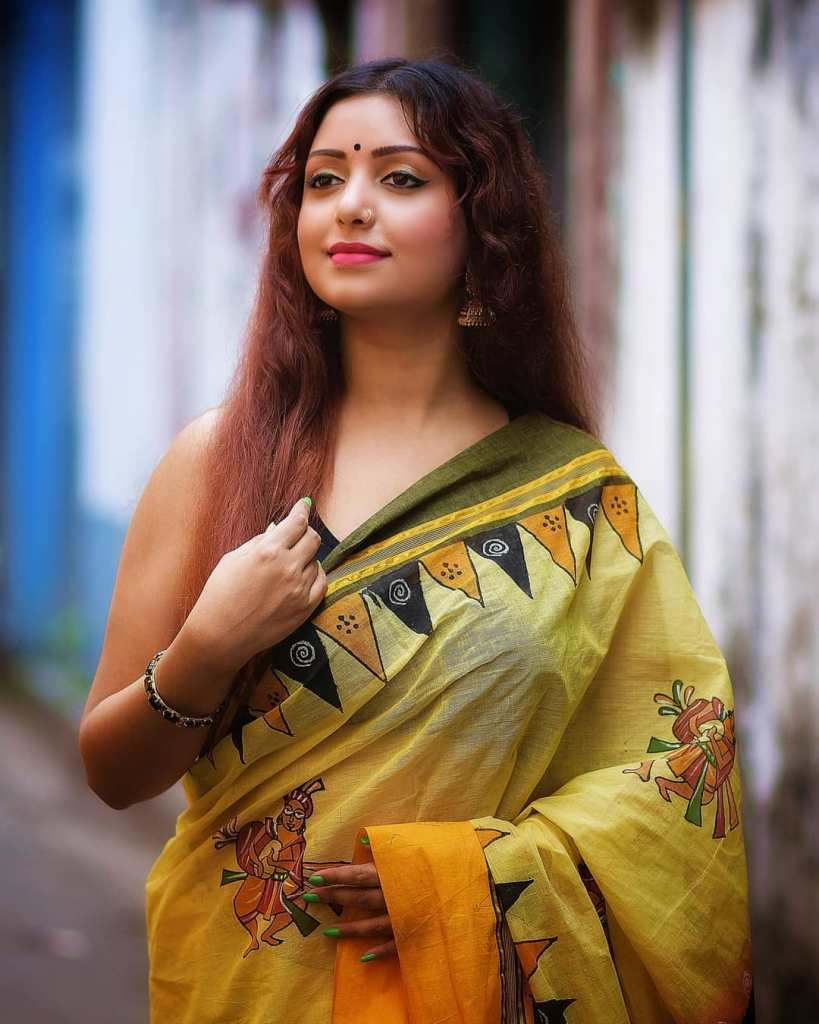 Rupsa Saha Chowdhury 42+ Glamorous Photos, Wiki, Age, Biography, Movies and, web series 51