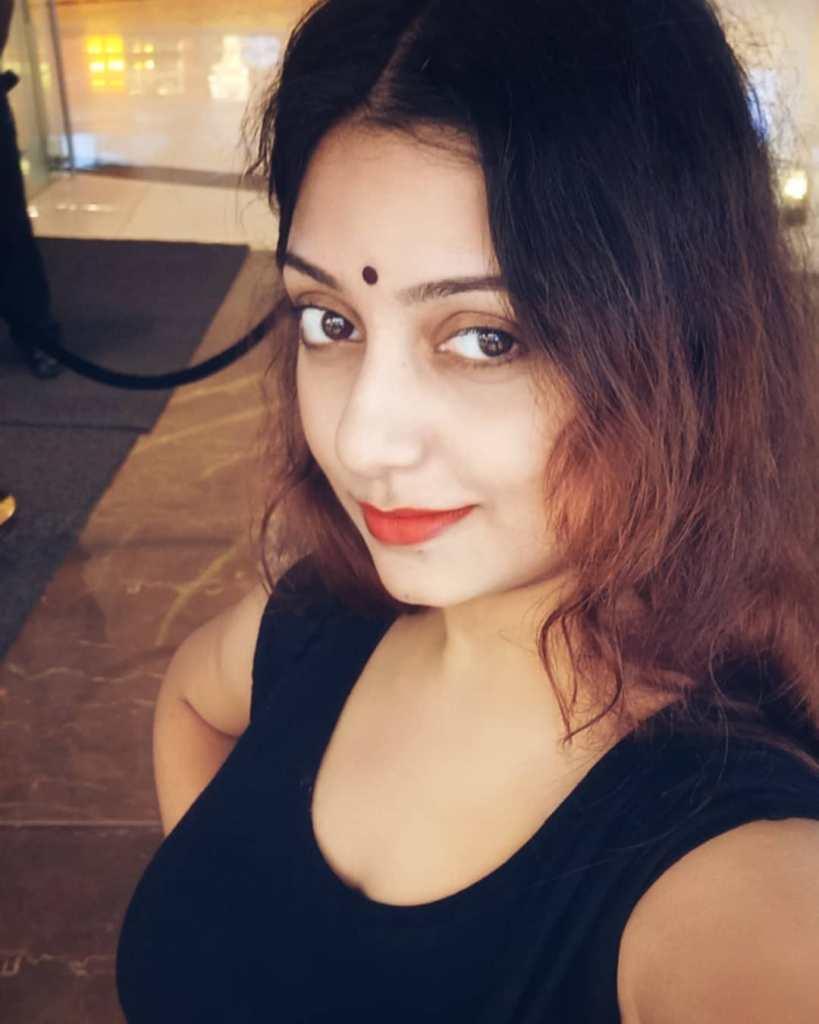 Rupsa Saha Chowdhury 42+ Glamorous Photos, Wiki, Age, Biography, Movies and, web series 96
