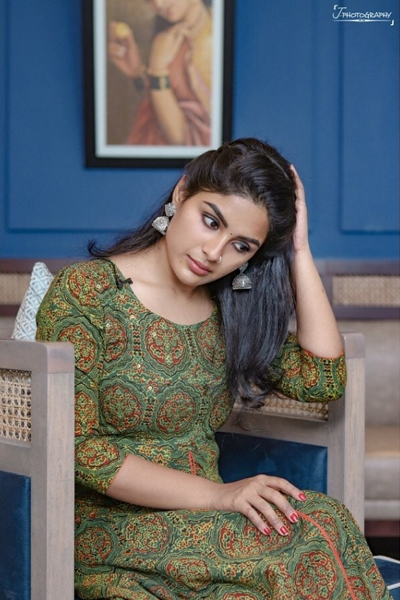 30+ Gorgeous Photos of Samyuktha Menon 28
