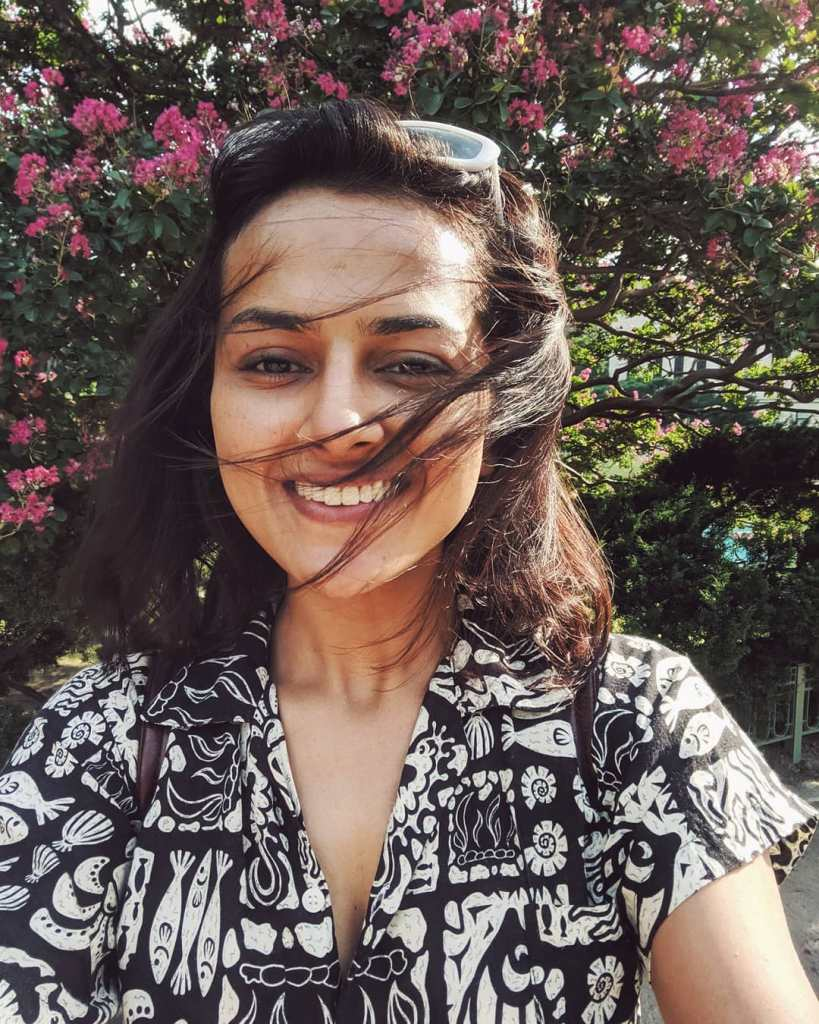 45+ Glamorous Photos of Shraddha Srinath 21