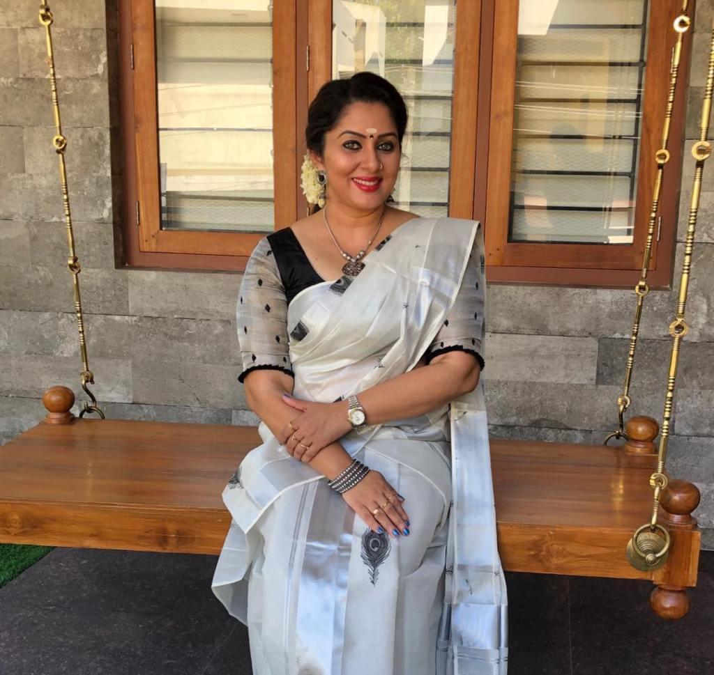 23+ Lovely Photos of Sreeya Remesh 10