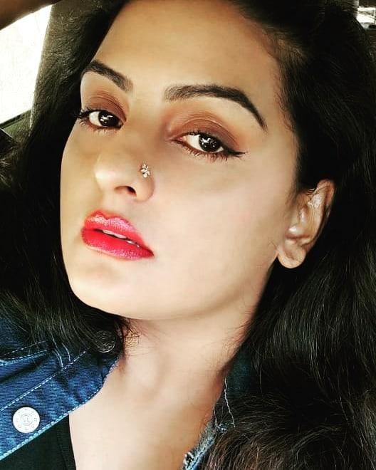 26+ Beautiful Photos of Suchitra Nair 2