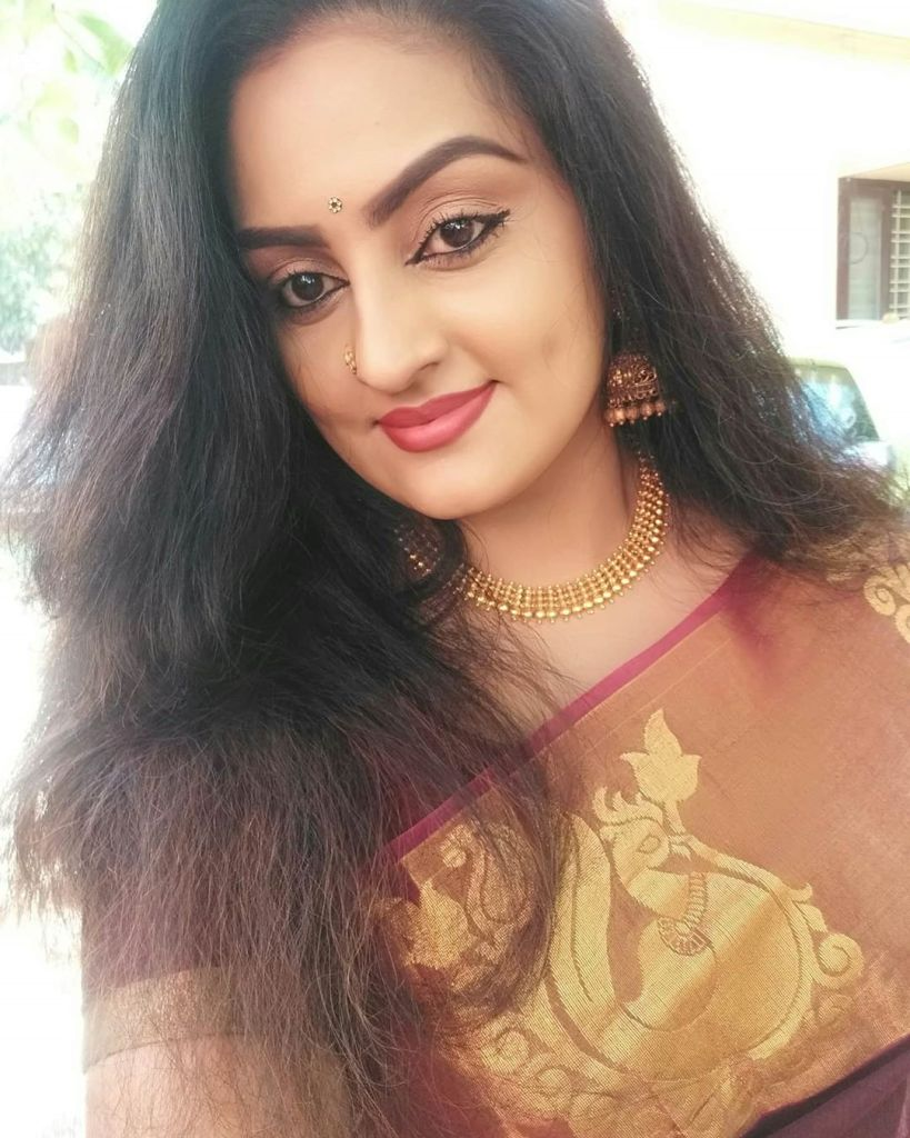 Suchitra Nair Wiki, Biography, Age, Family and 26+ Beautiful Photos 18